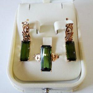 Комплект из золота с натуральными турмалинами выпильной. Ручная работа.