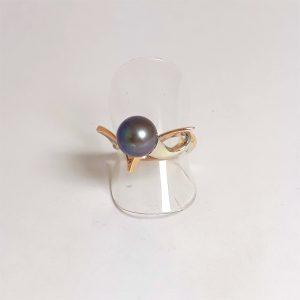 Кольцо из золота с натуральным жемчугом